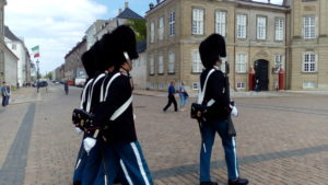 コペンハーゲン市内観光ハイライトツアー