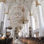 ラウンドタワーに併設されたトリニタティス教会は17世紀オランダルネッサンス様式です。