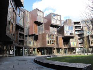 建築関係の方々がご視察をご希望されるチエットゲン学生寮