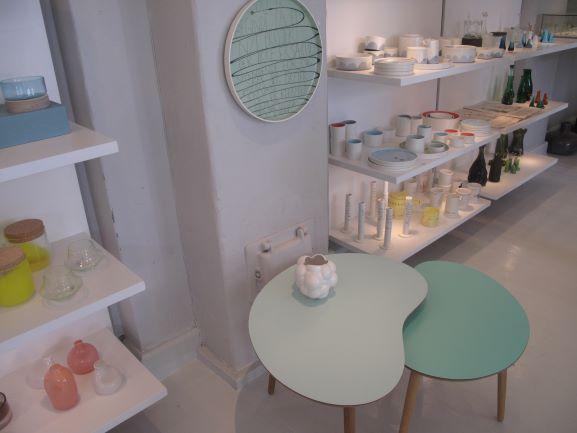 デンマークには作家さんが作った一点物の雑貨が売られているお店もあります!