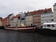 コペンハーゲンは水の都と言われ、運河が張り巡らされています